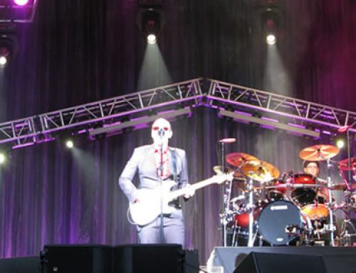 Noble Fidelity sponsors 19 to see Joe Bonamassa